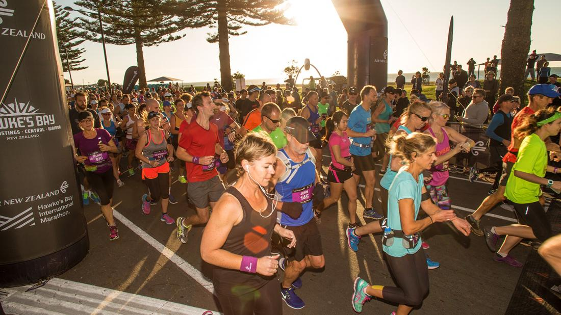 CONTENDERS CHALLENGE FOR HONOURS AT THIS WEEKEND'S AIR NEW ZEALAND HAWKE'S BAY MARATHON